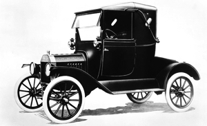 1917-ford-model-t-photo-338179-s-1280x782 copy