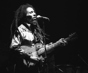 Bob-Marley-in-Concert_Zurich_05-30-80 copy